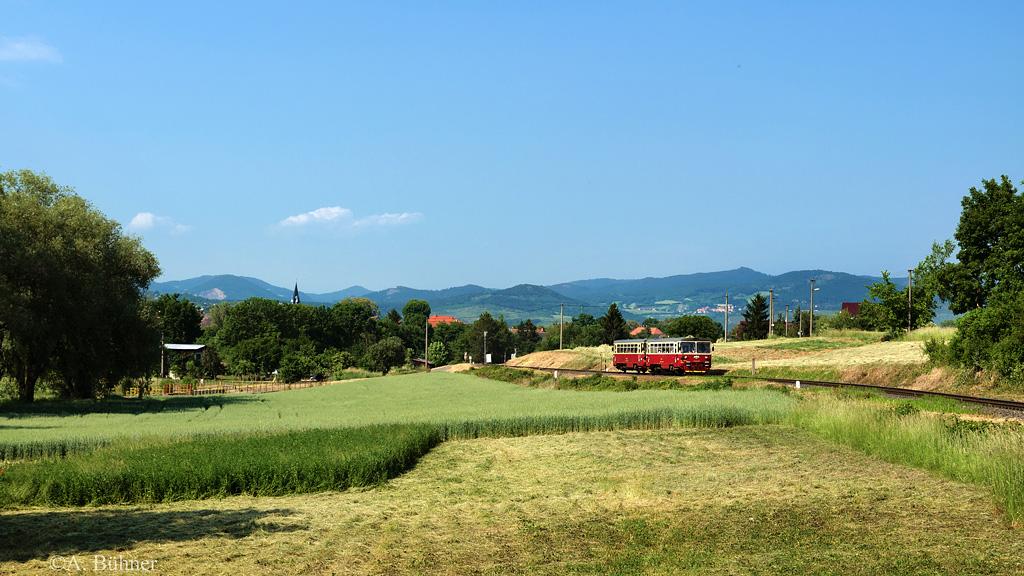 06.06.2015, 15.59 Uhr: M 152.0535 und M 132.0517 nahe Čížkovice