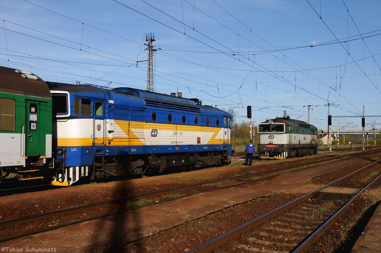 Die 754 039 rangierte auf den Zug mit 754 057, welche in der Früh den angeblichen Unfall hatte. Ich konnte immernoch keine Schäden aus machen.