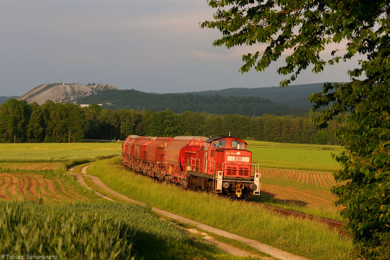 Die Lok kämpfte sich mit dem Zug den Berg hinauf. Hier nochmals mit anderer Auslösung.