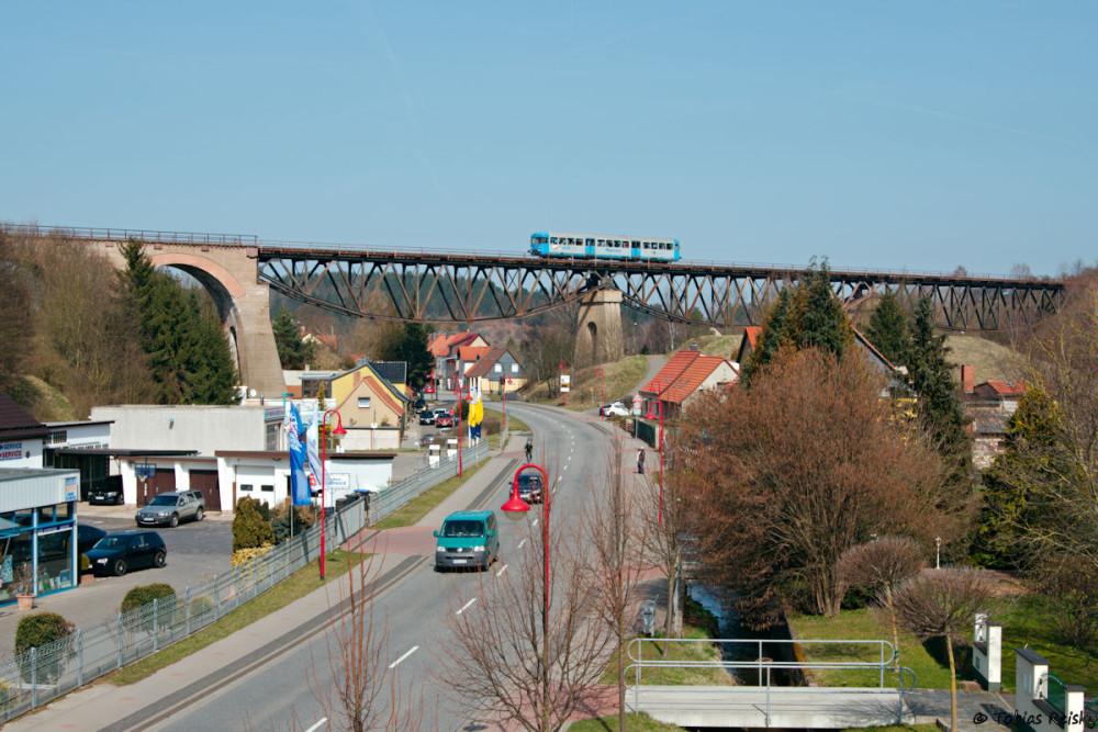 Mit dem neuen Stativ mußten auch zwei Perspektiven an der bekannten Mansfelder Brücke ausprobiert werden...