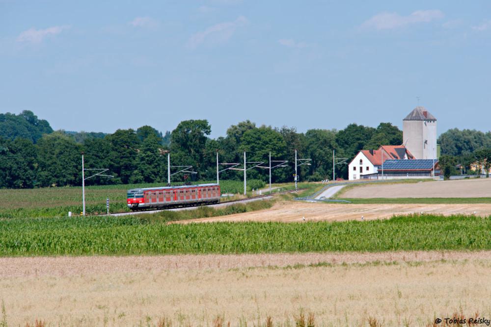 Noch aus 628-Zeiten auf der Wunschliste stand dieses Motiv bei Arnbach - erfreulicherweise hielt sich der Autoverkehr zurück.