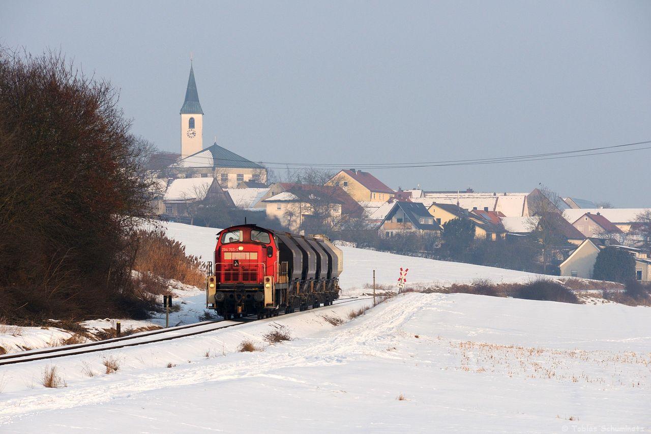 Bei Gebenbach war dann der Zug locker wieder eingeholt. Aufgrund der Schneelage waren nicht alle Wege befahrbar.