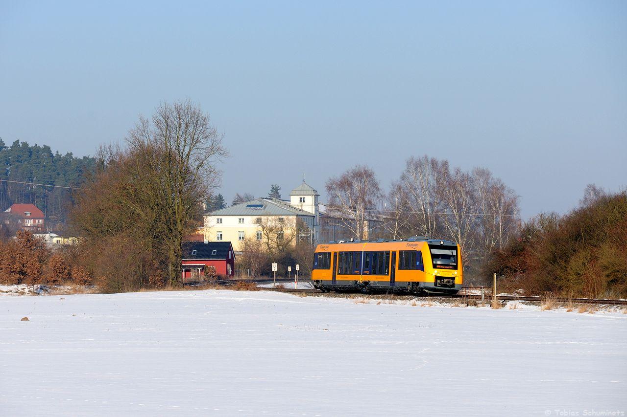 Weiter geht es am Freitag, den 27.01.2017, wo ich Valera auf dem Weg nach Wiesau abholte. Bei Ullersricht konnten wir zuerst einem LINT der Oberpfalzbahn aufnehmen.