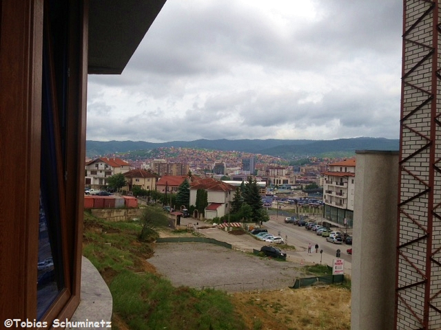 Der Blick aus dem Hotelfenster in Richtung Innenstadt bestätigte uns den Wetterbericht.