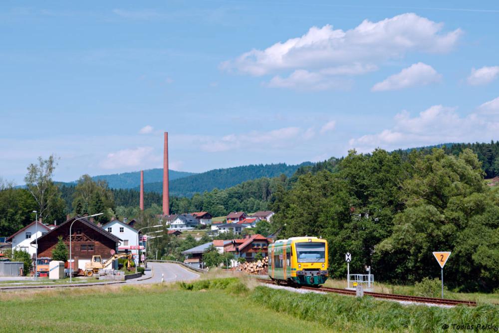 Zu den Klassikern zählt auch die Ortsausfahrt von Teisnach Richtung Gotteszell.