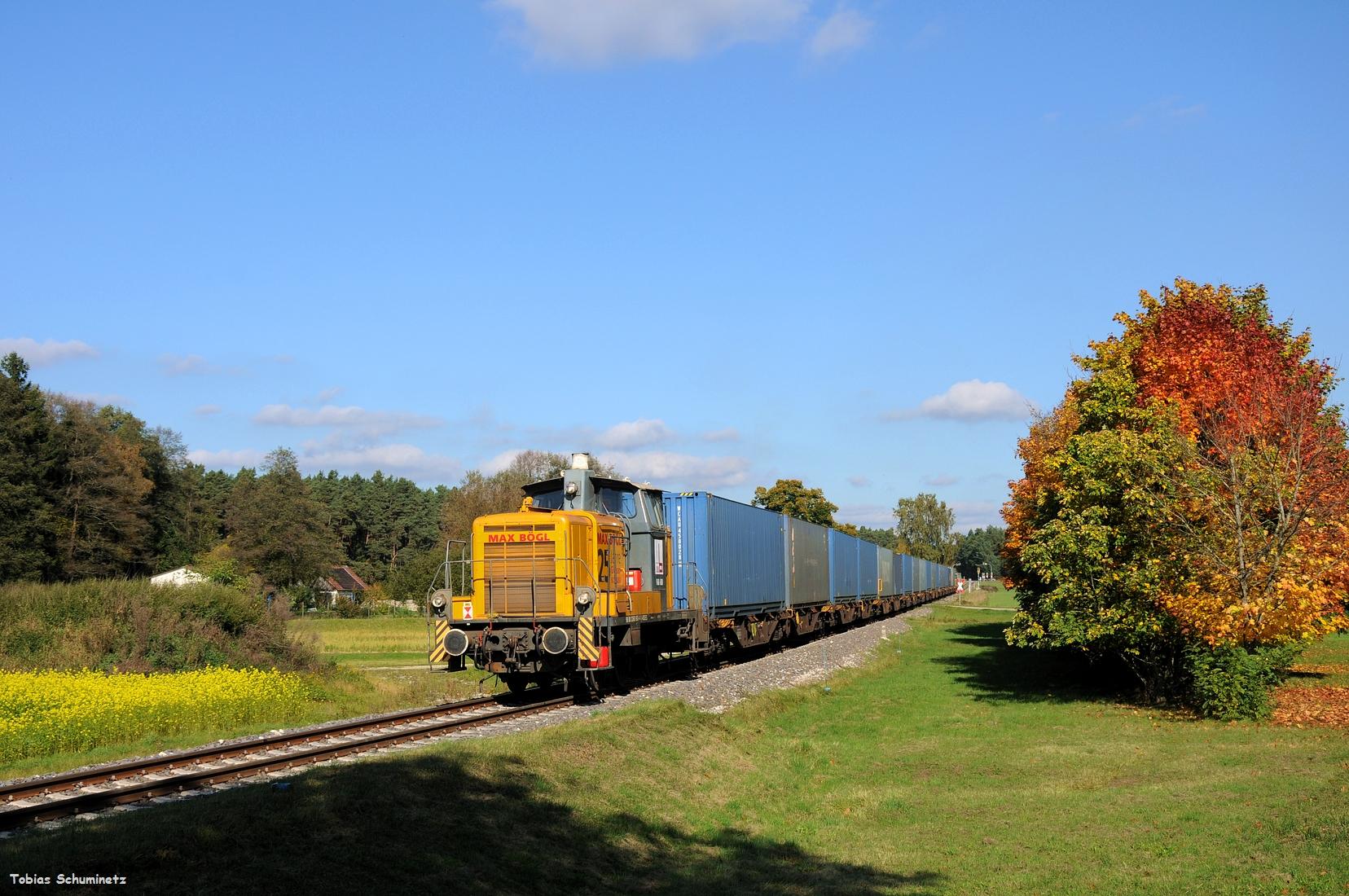 Um kurz darauf mit dem zweiten Zugteil wieder ins MAX BÖGL-Werk zu fahren.