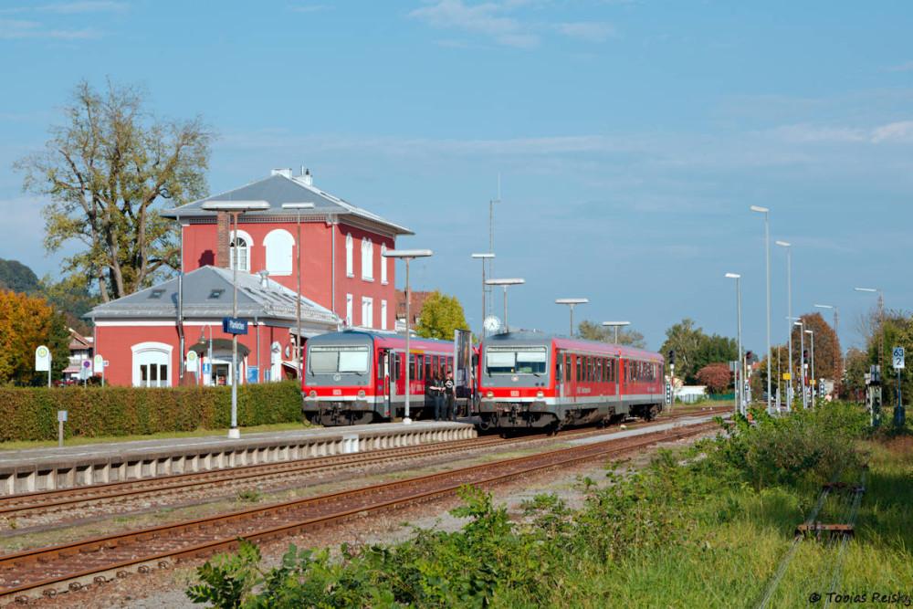 Der Bahnhof der Kreisstadt Pfarrkirchen ist Kreuzungsbahnhof im Stundentakt auf der Rottalbahn. Damit wollte ich die Tour beschließen.