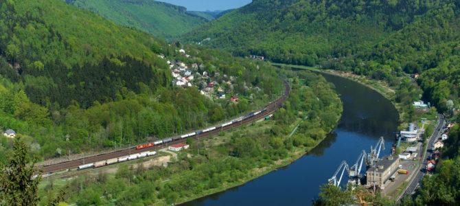 """Tschechisches Elbtal von oben – oder """"Zugsuchbilder"""""""