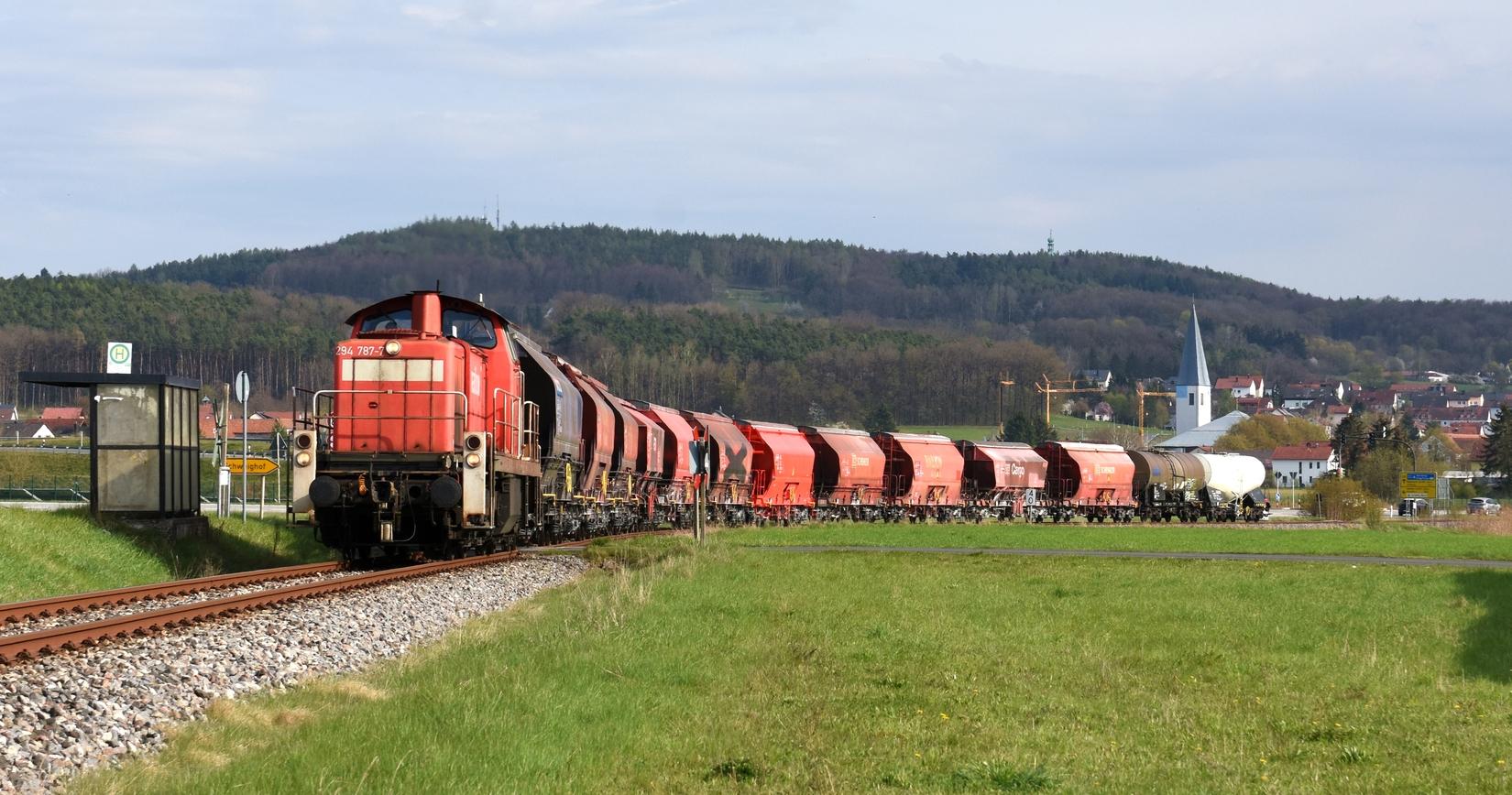 Endlich ein Zug am Abend nach Hirschau